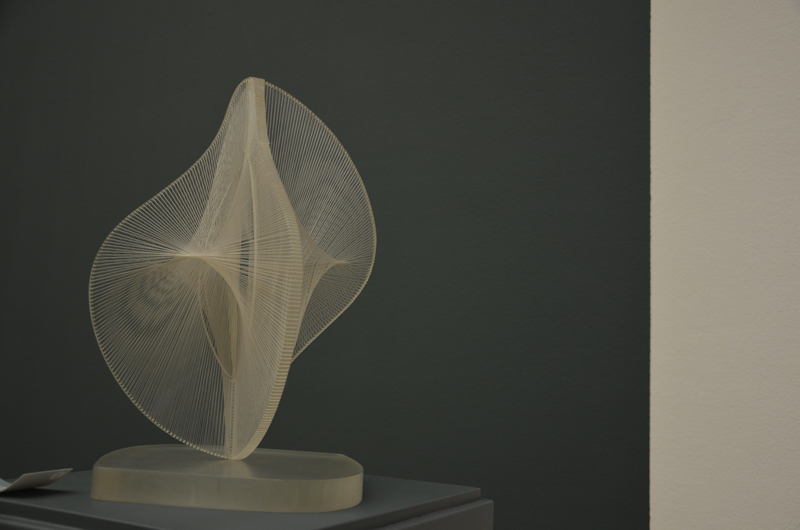 Naum Gabo, Linear Construction in Space no. 2