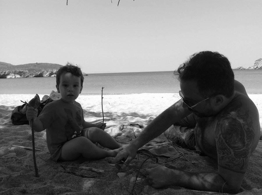 Kouvaras met zijn zoon