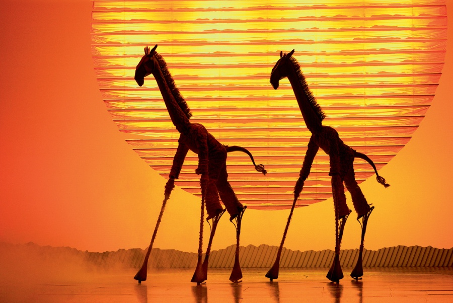 The Lion King - Circle of Life - foto Deen van Meer