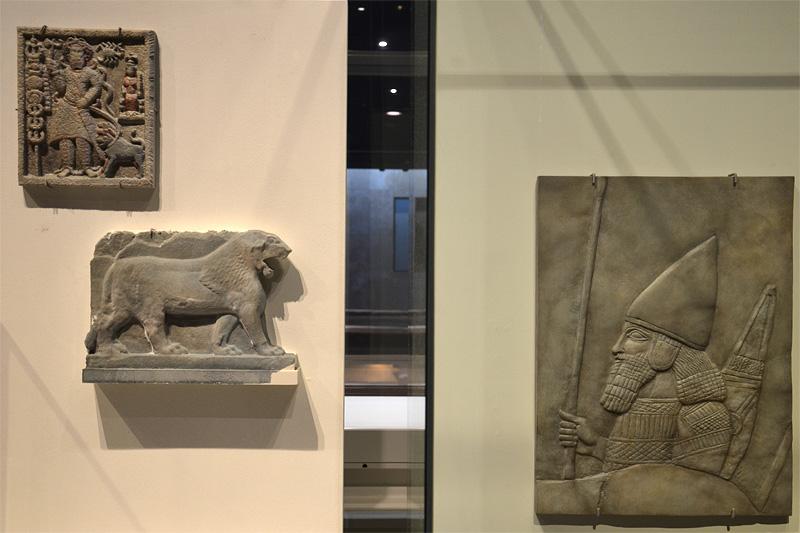 3d-geprinte reconstructies van voorwerpen uit het museum in Mosul (foto auteur)