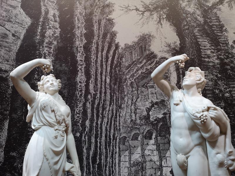 Bacchante en sater, toegeschreven Joseph Wilton