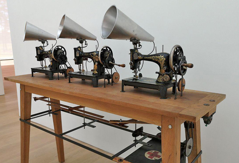 Singer Trio van William Kentridge