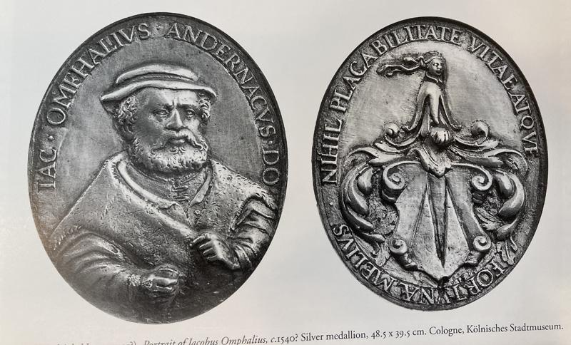 Het familiewapen van Omphalius teruggevonden op een medaillon (foto Ariane van Suchtelen/Mauritshuis)