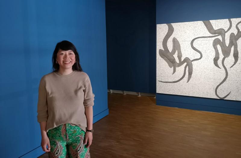 Mickey Yang in haar tentoonstelling (foto auteur)